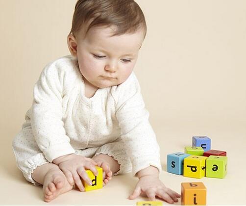 幼儿早教方法,父母必看的早教误区