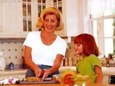 如何教孩子做家务