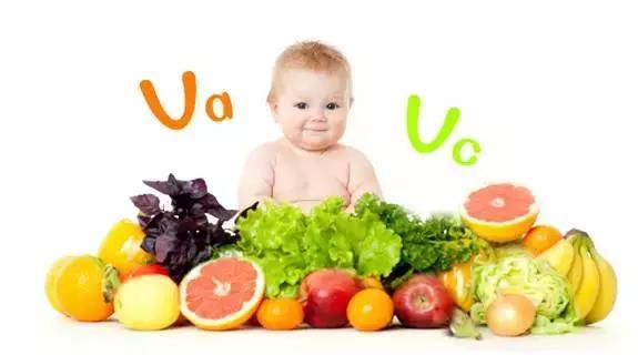一周岁的宝宝应该如何喂养?吃多少东西?要不要单独给宝宝做吃的?
