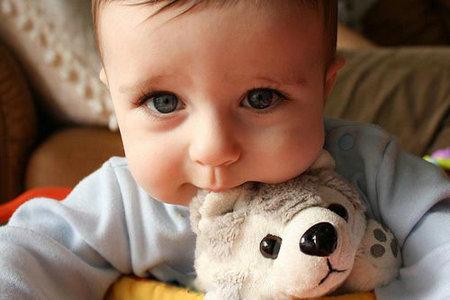 宝宝得了自闭症的注意事项