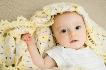 宝宝缺钙都会有那些表现?