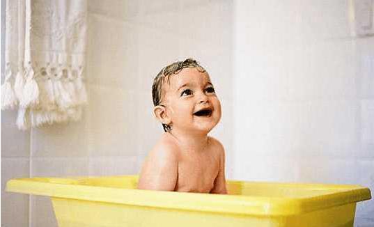 宝宝冬季洗澡需要注意什么,这些误区要警惕