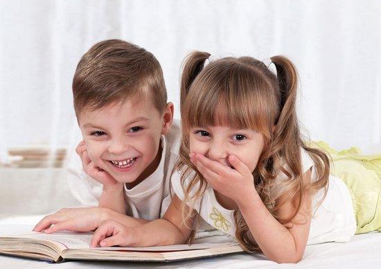 早教机构知识分享:宝宝几岁开始认字,读书最好