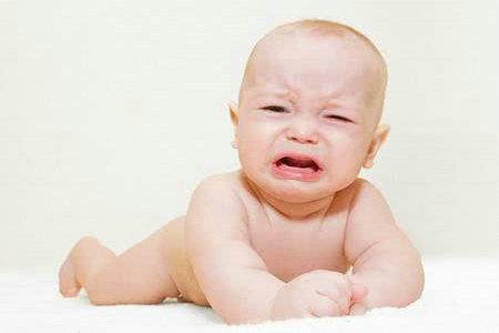 早教知识:宝宝为什么会大便干燥