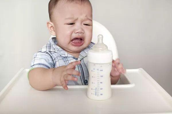 為什么寶寶不接受瓶喂