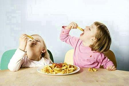 有损宝宝大脑发育五类食物有哪些?
