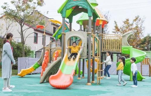 私立比公立幼儿园学得多更好?上公立的好处,小学二年级将大爆发