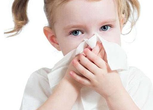秋天过敏孩子增多,家长六个方面来预防,让孩子少过敏更健康